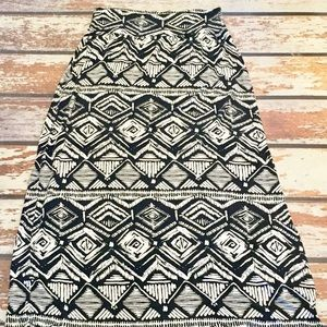 🎇 AB Studio Maxi Black & White Skirt Sz Med